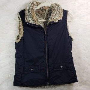 Women Size Medium Fur Linned Zipup Vest